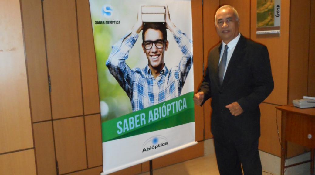 foto boa Túlio de Pinho no evento SABER ABIÓPTICA, Windsor Guanabara, 15.8.15