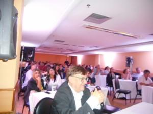 Foto da plateia do evento.