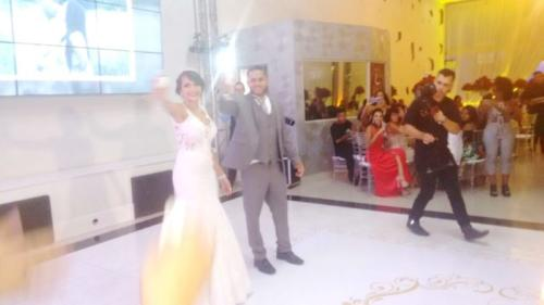foto dos noivos na hora do brinde,19.1.18