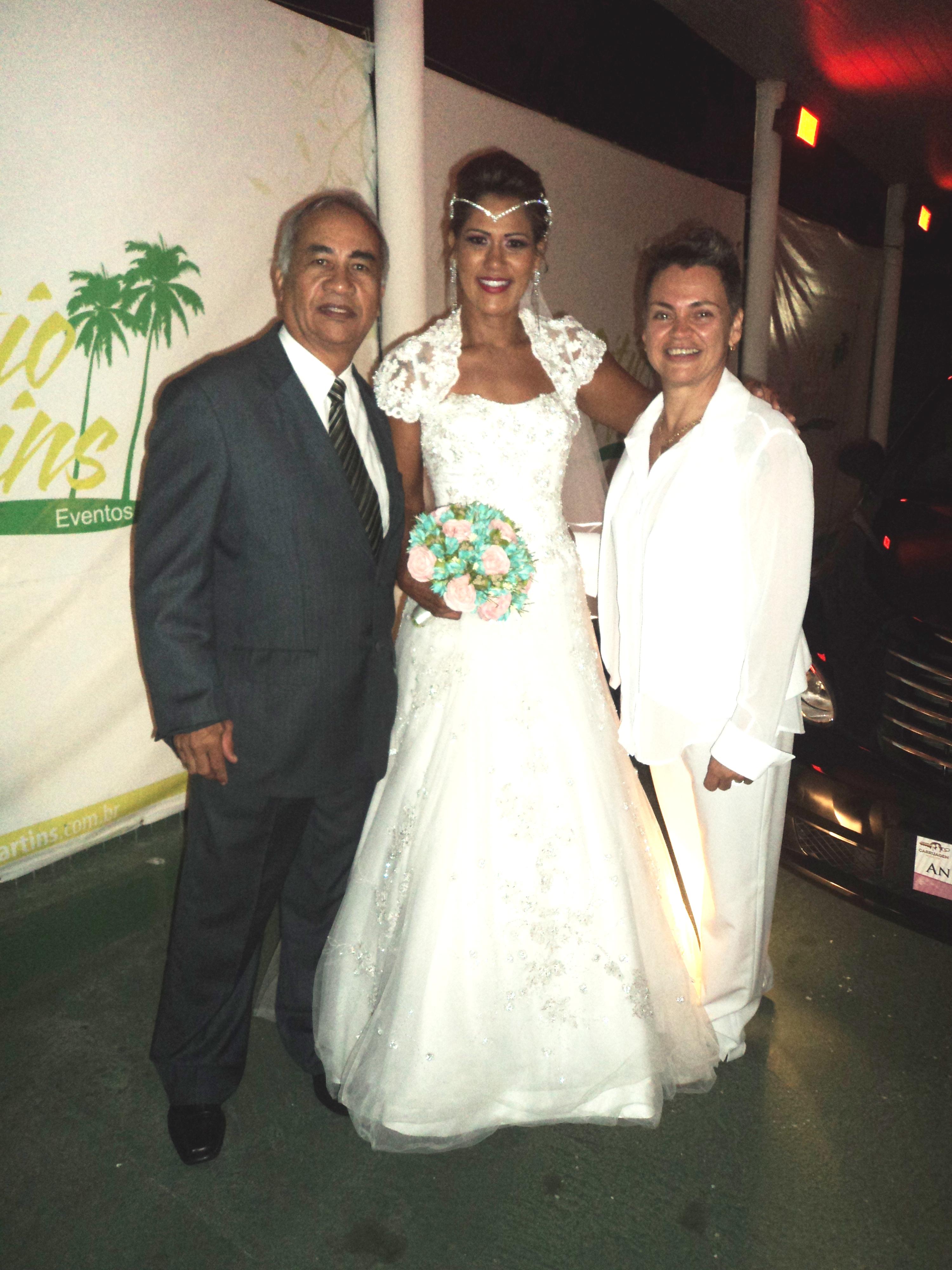 foto Túlio com noivas Andreia e Dorotea