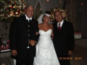 Foto dos noivos Paulo Cesar e Gilcilene com Túlio