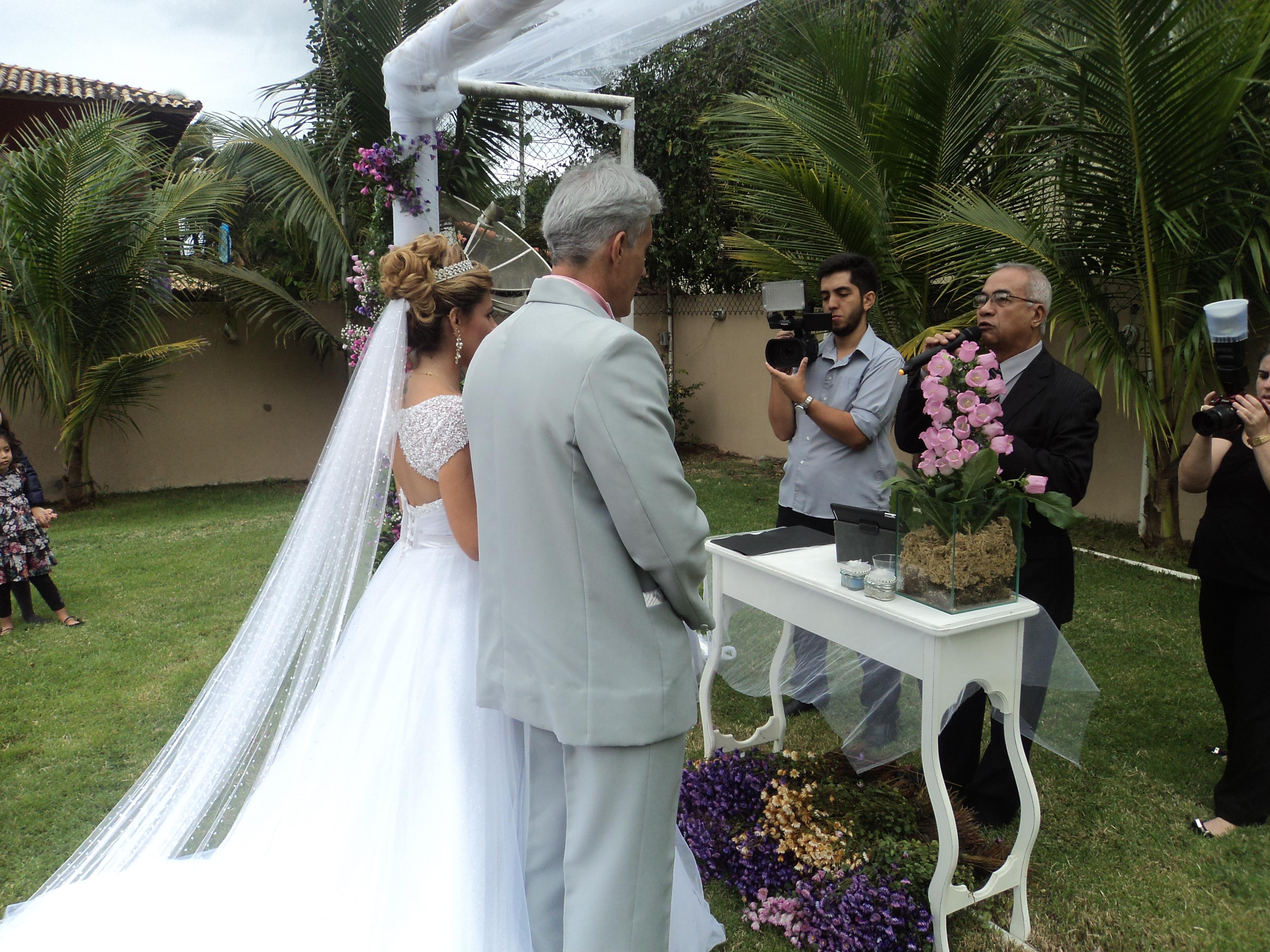 foto momento 4 da cerimônia de casamento Marcio e Danielle, 19.7.14, sitio Itaipuaçu.