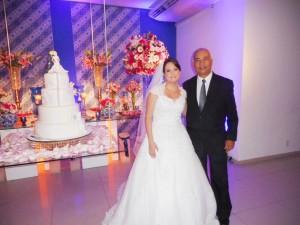 A noiva Nathalia com Túlio de Pinho.