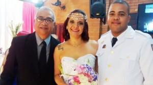 foto Túlio com noivos Silvia e Rodolfo, 8.8.15