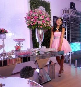 foto da linda debutante Ana Julia, 13.2.16, capa, ROYALE