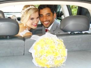 Na oto os noivos Vivian e Raphael.