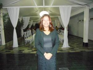 Foto de Djane de Pinho, filha de Túlio e mais nova cerimonialista da Túlio Eventos.