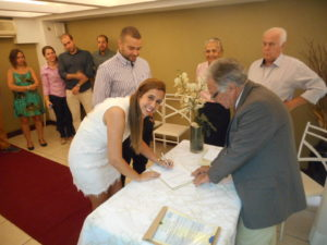foto-noiva-assinado-16-9-16